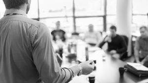 Estruturamos palestras e treinamentos voltados à Governança Corporativa nas empresas, visando passar noções e técnicas de forma concisa, leve e didática.
